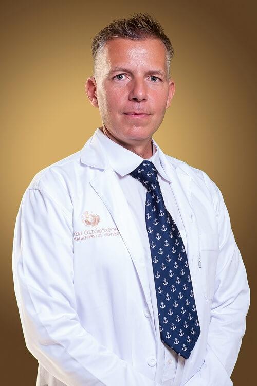 Dr. Regőczi Tamás